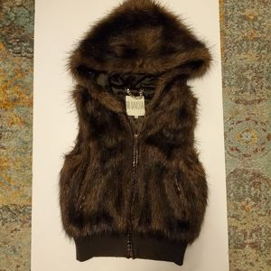 BB Dakota Brown Faux Fur Hooded Vest